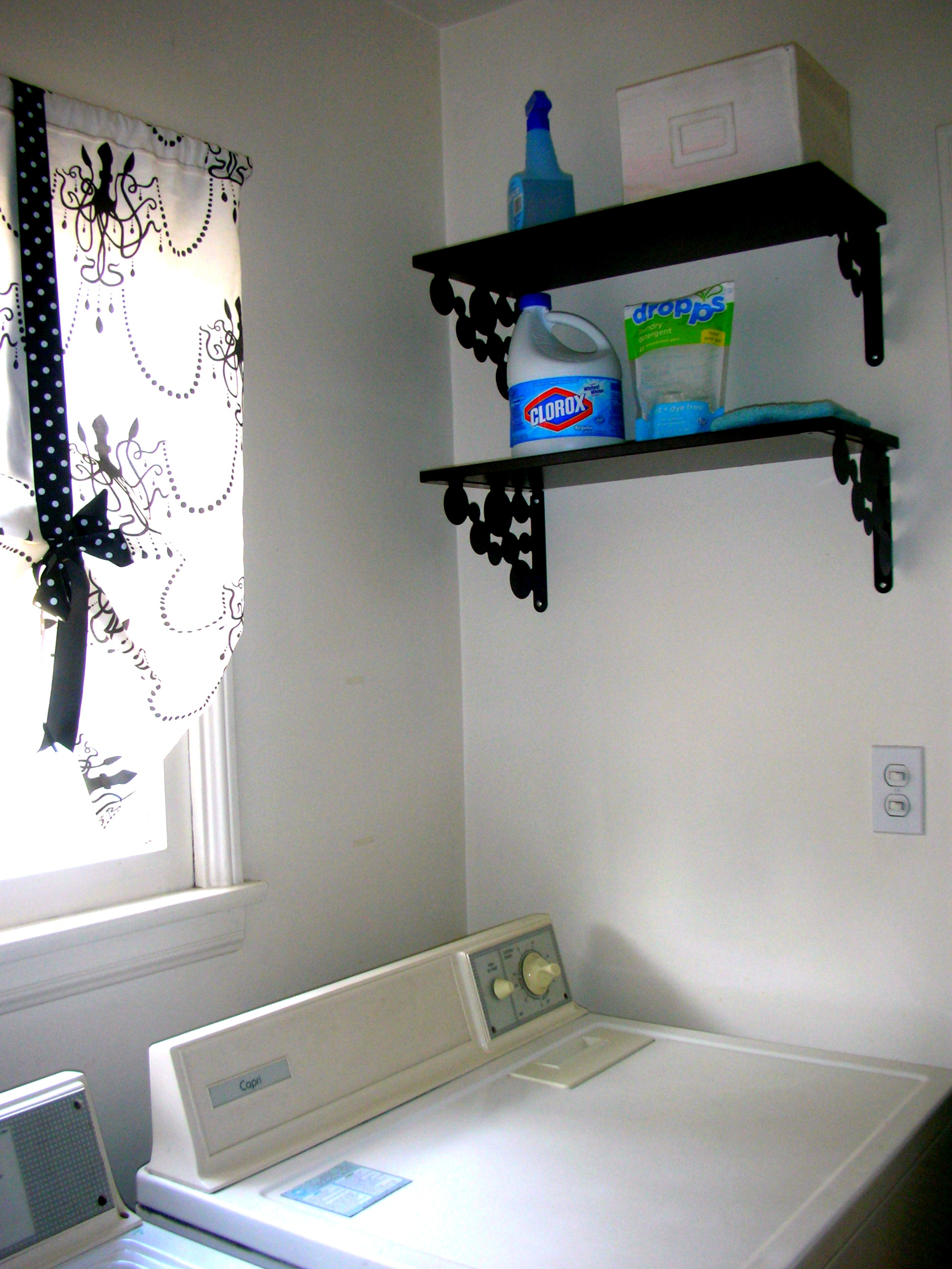 Laundry Room Makeover | Confessions of a Former Pre-Teen Oyster ...